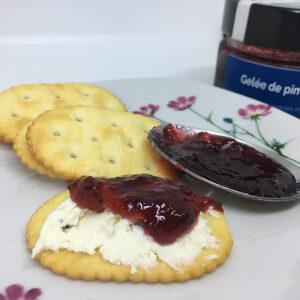 biscuit et gelée de poivrons camerise